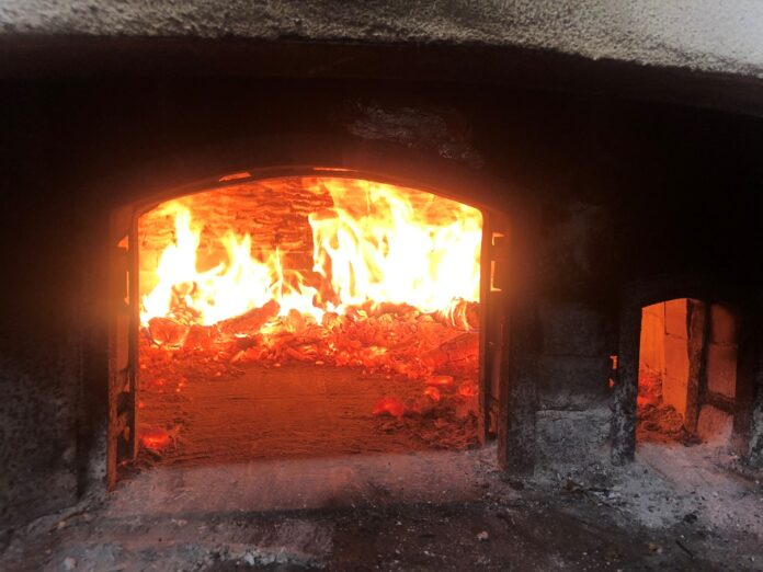 """Foto di Loredana Parisi: forno a legna di """"zi Ciruzz"""""""